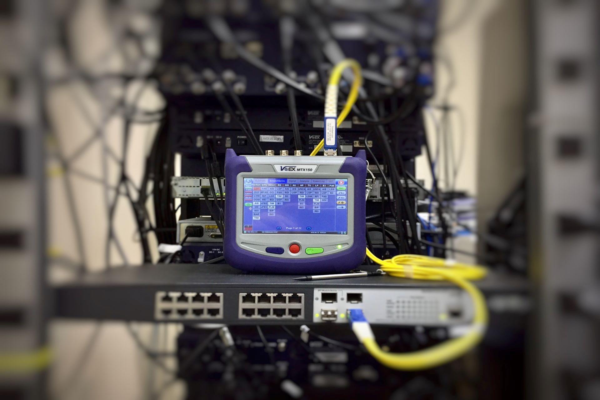 情報機器・通信機器のコーポレートサイト
