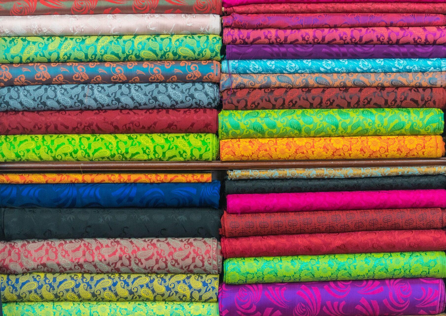 繊維・化学・製紙卸のコーポレートサイト